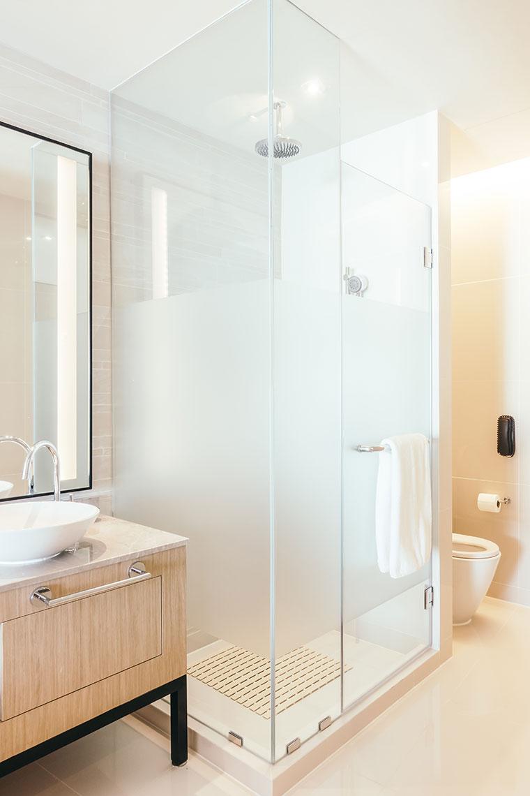 Duschkabine mit Glaswand